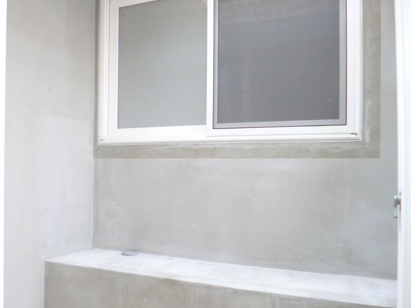 天窓付の室内洗濯干場有